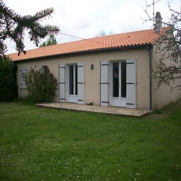 Offres de location Maison Vouillé 79230