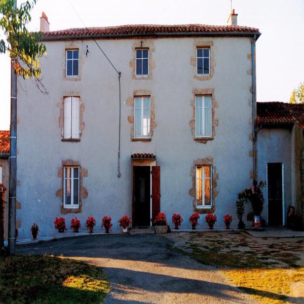 Offres de vente Maison Azay-sur-Thouet 79130
