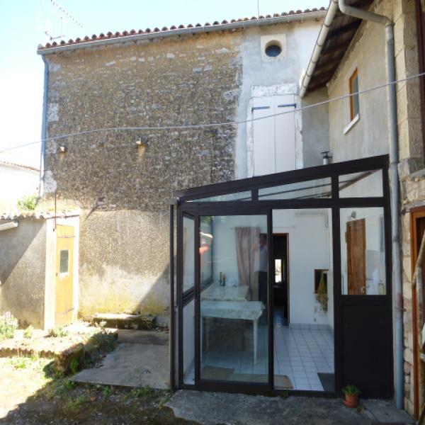 Offres de vente Maison Saint-Christophe-sur-Roc 79220